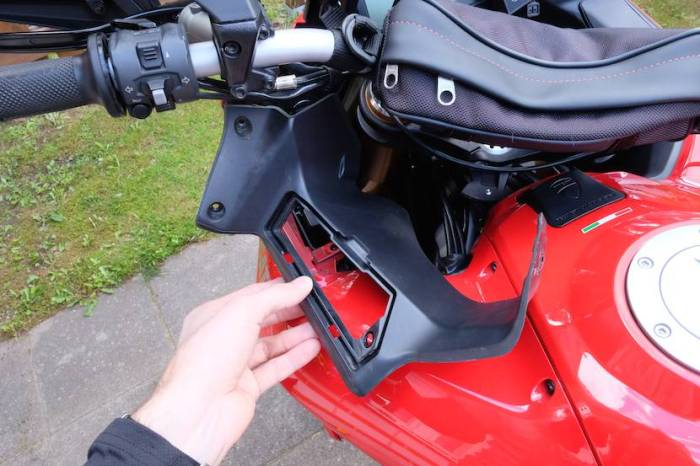 Pro oiler installation on a Multistrada 1200 desmotrack